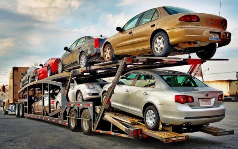 مستوردو السيارات المستعملة يطالبون بتعديل اجراءات المالية