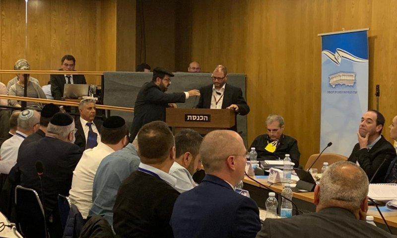 اسرائيل: لجنة الانتخابات تنظر بطلب شطب ترشيح الأحزاب العربية