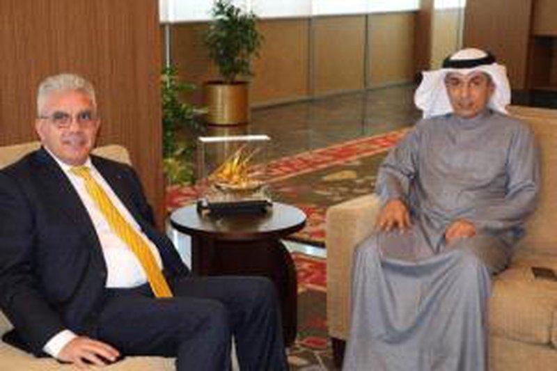 السفير طهبوب يبحث مع وزير التربية الكويتي تعزيز التعاون التربوي