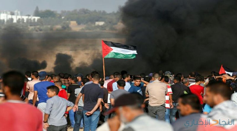 """حدود غزة .. """"المنطقة العازلة"""" تضج بالحياة والموت"""