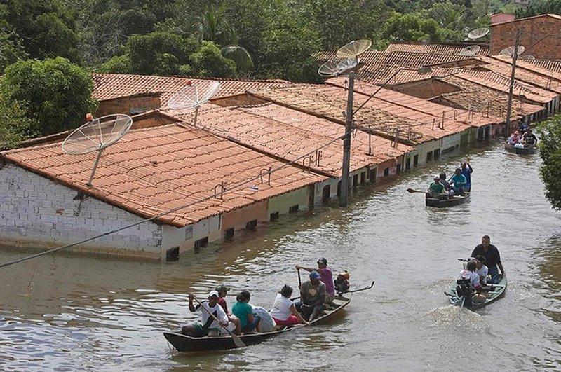 12 قتيلا جراء فيضانات في البرازيل
