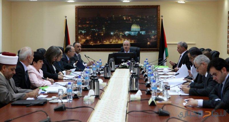 الحكومة تطالب بمحاسبة الاحتلال
