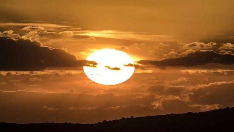 """خطة علمية غريبة لـ """"إطفاء الشمس""""!"""