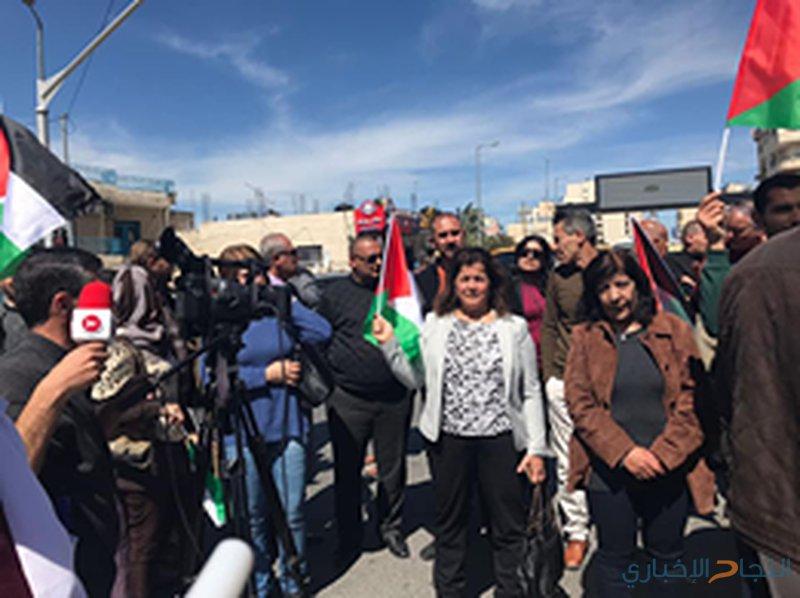 بالصور: مسيرات في محافظات الوطن احتجاجاً على استهداف موكب رئيس الوزراء