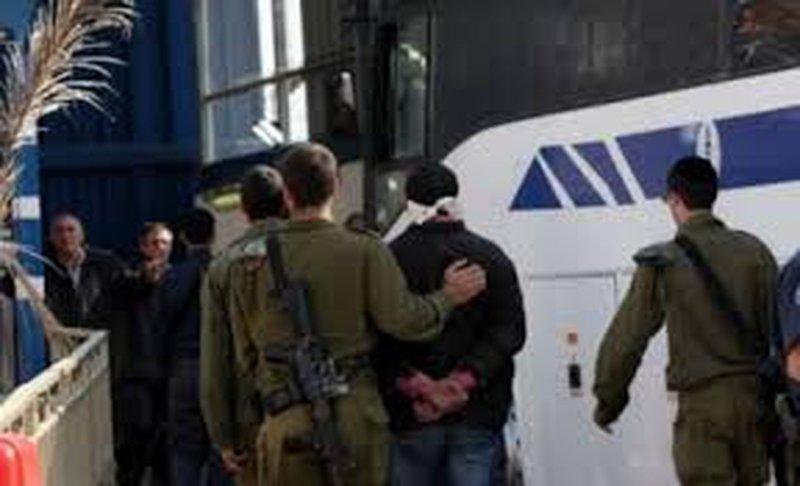 الاحتلال يحول مقدسيا للاعتقال الإداري لمدة 6 أشهر