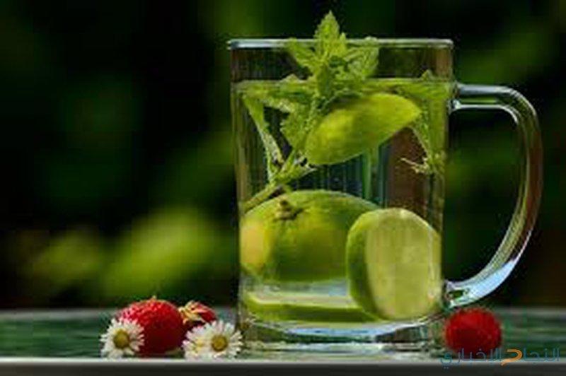فوائد لشرب الماء والليمون والمعدة فارغة