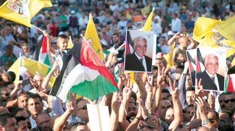 الاعلام: حملات التحريض ضد الرئيس والقيادة لن تنطلي على شعبنا