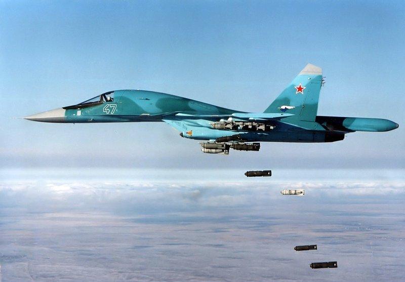 الطيران الروسي يوجه ضربات للمسلحين في إدلب