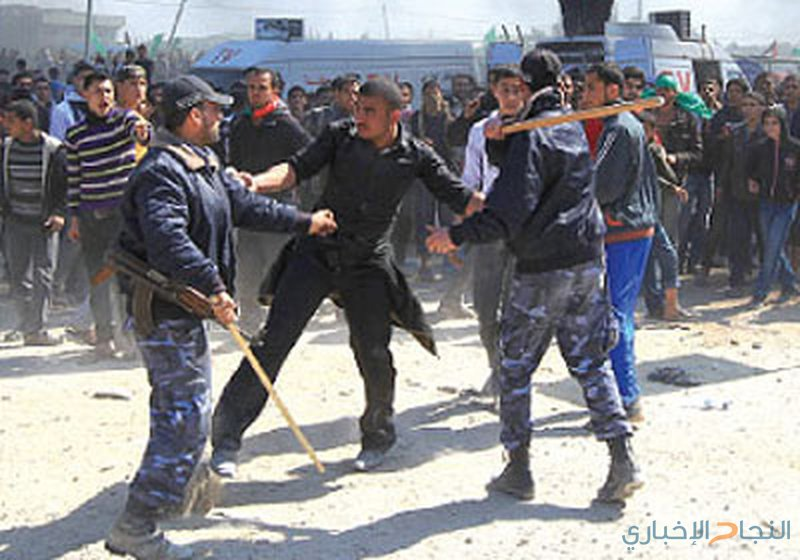 أمن حماس يعتقل 5 متظاهرين أشعلوا الاطارات المطاطية