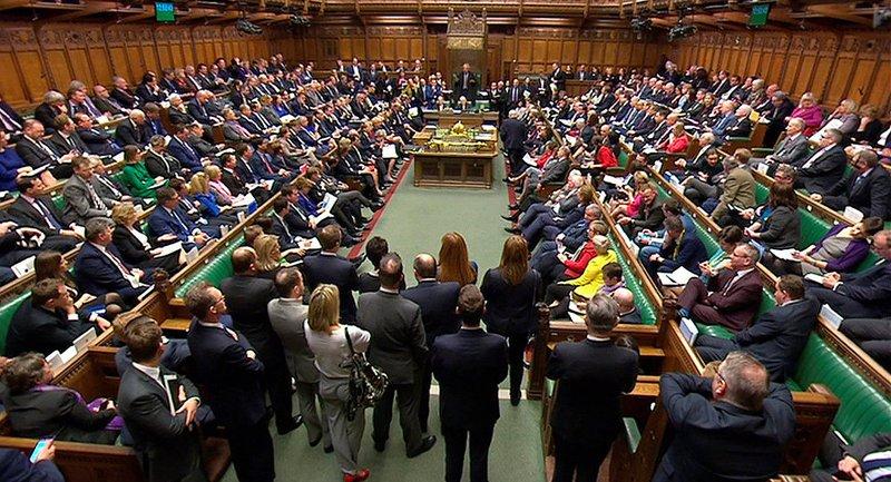 مجلس العموم البريطاني يرفض استفتاء للخروج من الاتحاد الأوروبي