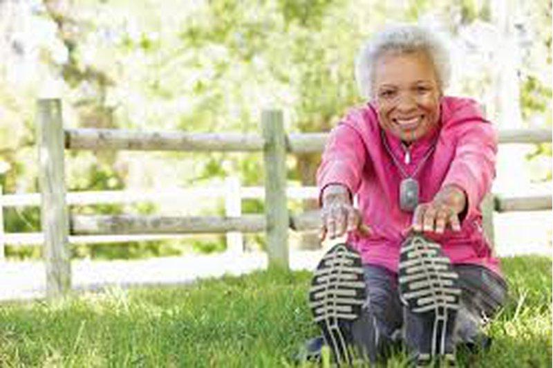هل ممارسة الرياضية في منتصف العمر لها تأثير على الصحة