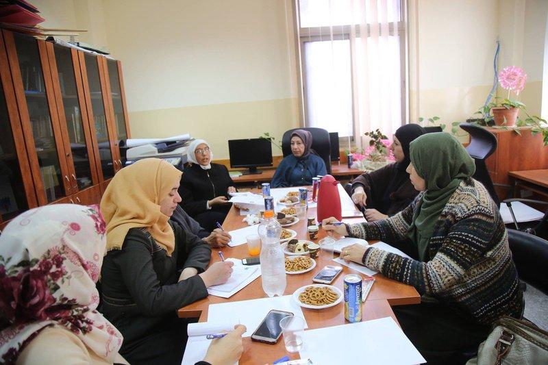 اجتماع لتقييم الخدمات المقدمة للنساء المعنفات
