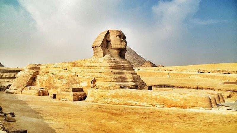 لماذا تفتقد تماثيل مصر القديمة للأنوف؟