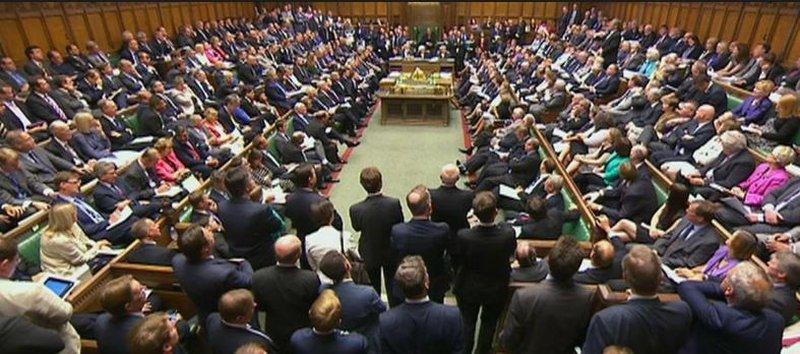"""النواب البريطانيون يرفضون بـ391 صوتا مقابل 242 اتفاق """"بريكست"""""""