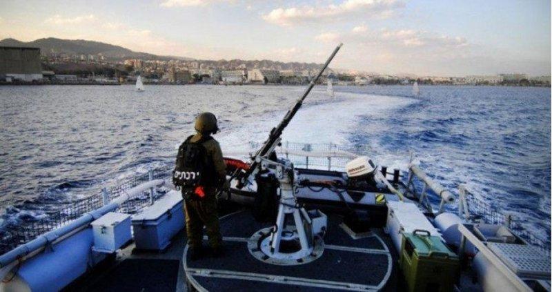 الاحتلال يستهدف مراكب الصيادين شمال قطاع غزة