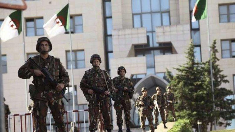 رئيس الأركان الجزائري: الجيش سيبقى ممسكاً بزمام الأمن