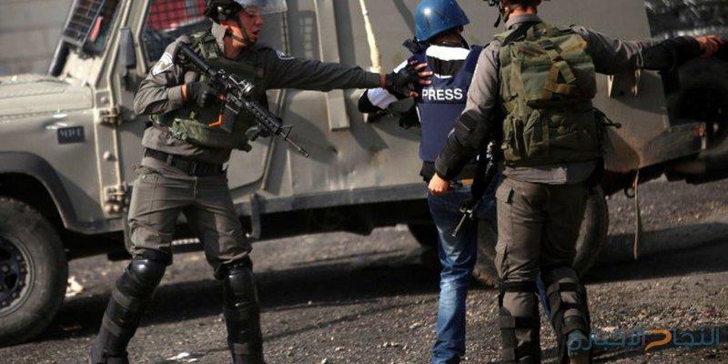 طوباس: الاحتلال يحتجز طاقم تلفزيون فلسطين