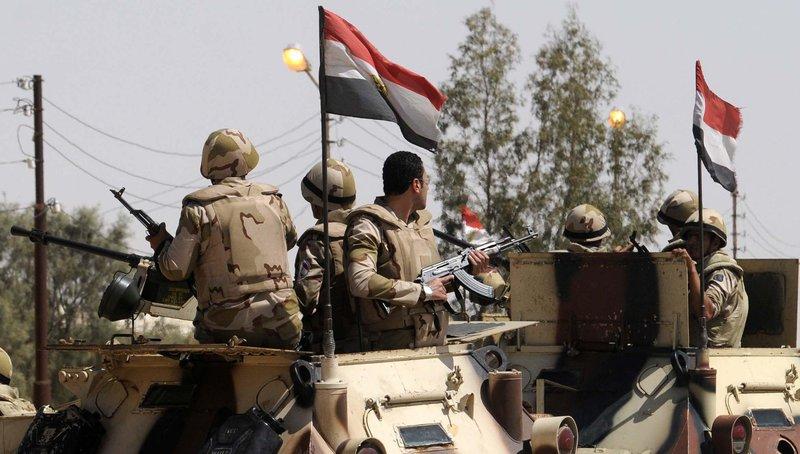 مقتل 3 عسكريين مصريين و46 مسلحا في سيناء