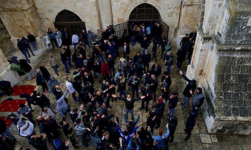 فتح مصلى باب الرحمة...معركة مصير يقودها المقدسيون