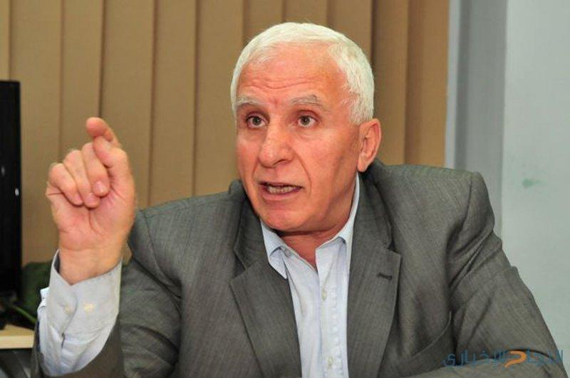 الأحمد ينفي الموافقة على التهدئة مقابل أموال لغزة