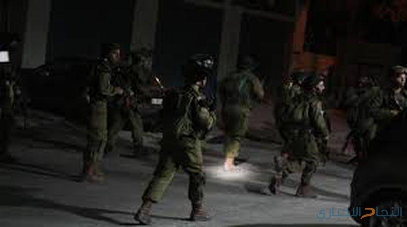 الاحتلال يعتقل ثلاثة مواطنين من القدس ورام الله