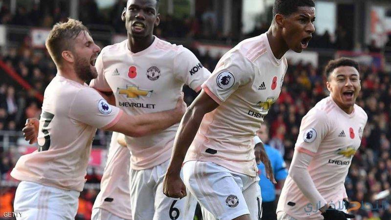 """""""القميص الوردي"""".. لماذا فعل مانشستر يونايتد ذلك؟"""