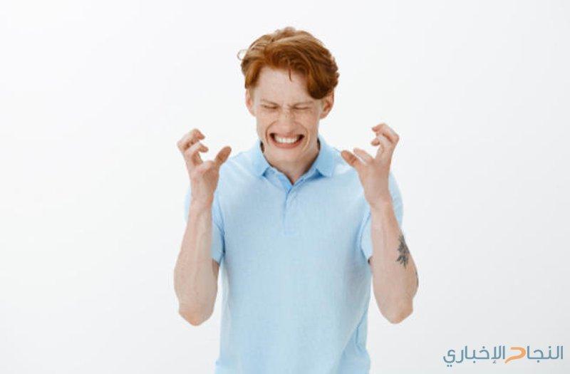 """كل ما تريد معرفته عن صرير """"الجزّ"""" على الأسنان!"""
