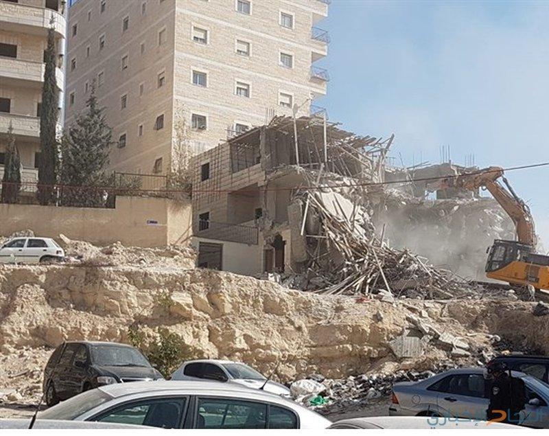 الاحتلال يهدم بناية سكنية بمدينة القدس