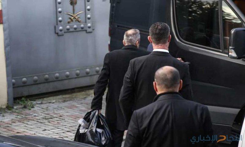 عودة ثلاثة أشخاص إلى القنصلية السعودية في إسطنبول