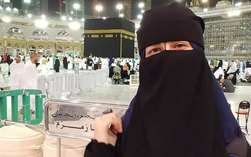 الجمعة- تسليم جثمان الشهيدة مبارك