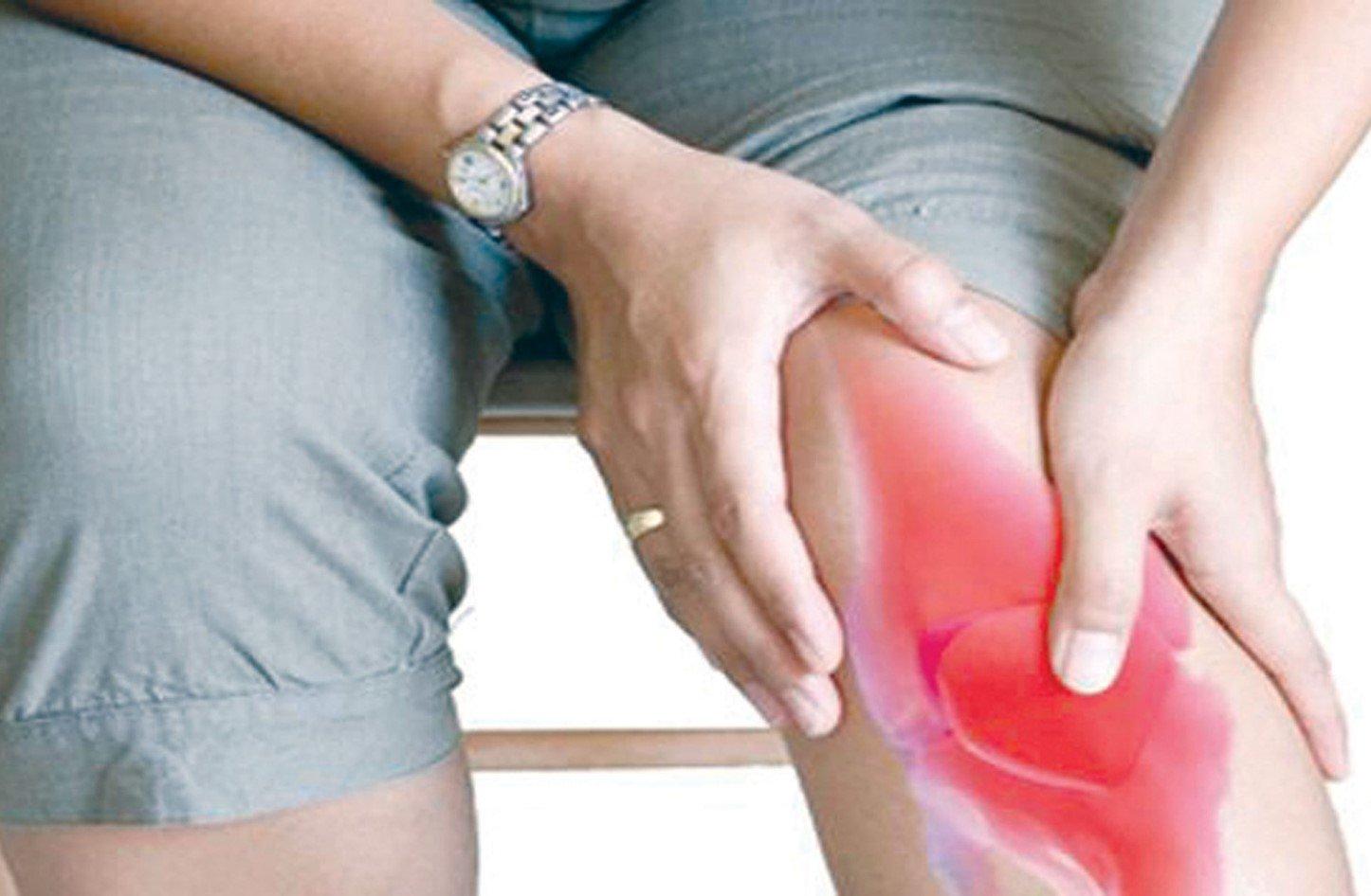 2b2ff82c0 خشونة الركبة وطرق علاجها والوقاية منها